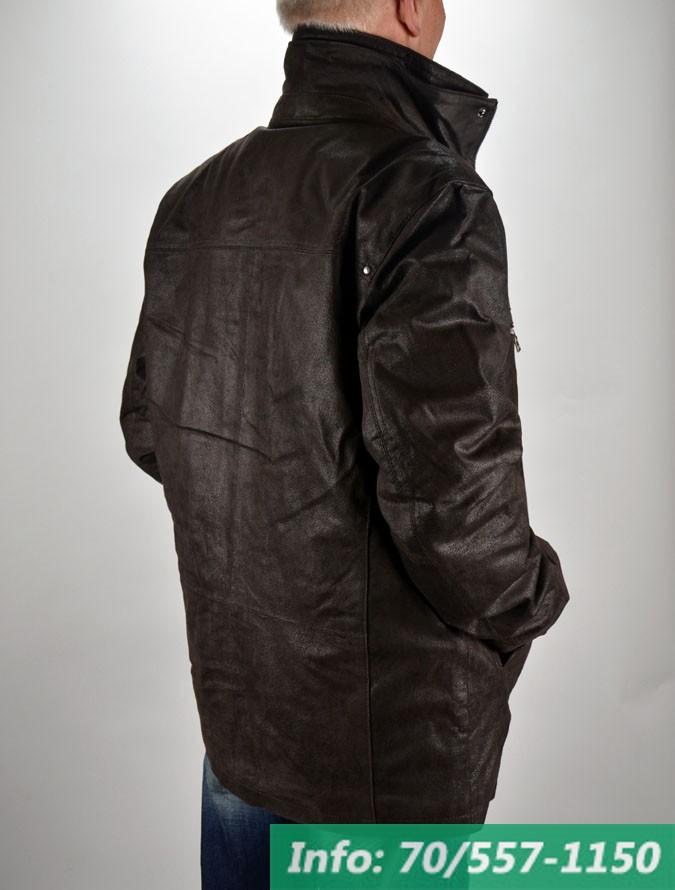 b974429670 ... Téliesített bőrkabát steppelt selyembéléssel és kivehető műszőrme  gallérral, bőrkabát bolt, bőrkabát bolt, bőrkabát