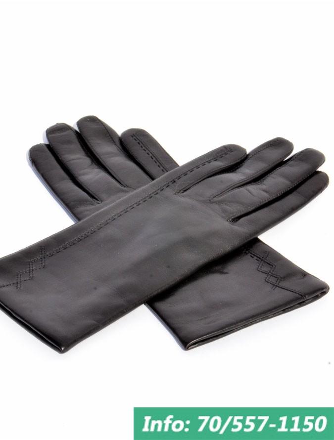 Finom juhnappa bőrből készített ötujjas fekete női bőrkesztyű, kesztyű, bőrkabát, bőrkabát bolt
