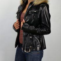 Juhnappa bőrből készült női bőrkabát kapucnival és övvel, bőrkabátbolt