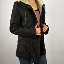 Alakot enyhén kiemelő, karcsúsítható, sportos bőrkabát, hasított bőrből, bőrkabát bolt, bőrkabátbolt