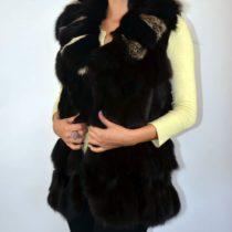 Hosszított fazonú, karcsúsított sál galléros női róka szőrme mellény, szőrmemellény, irhakabát, bőrkabát bolt, bőrkabát